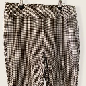 NWOT Camber & Grace Slim Cut Ankle Pant
